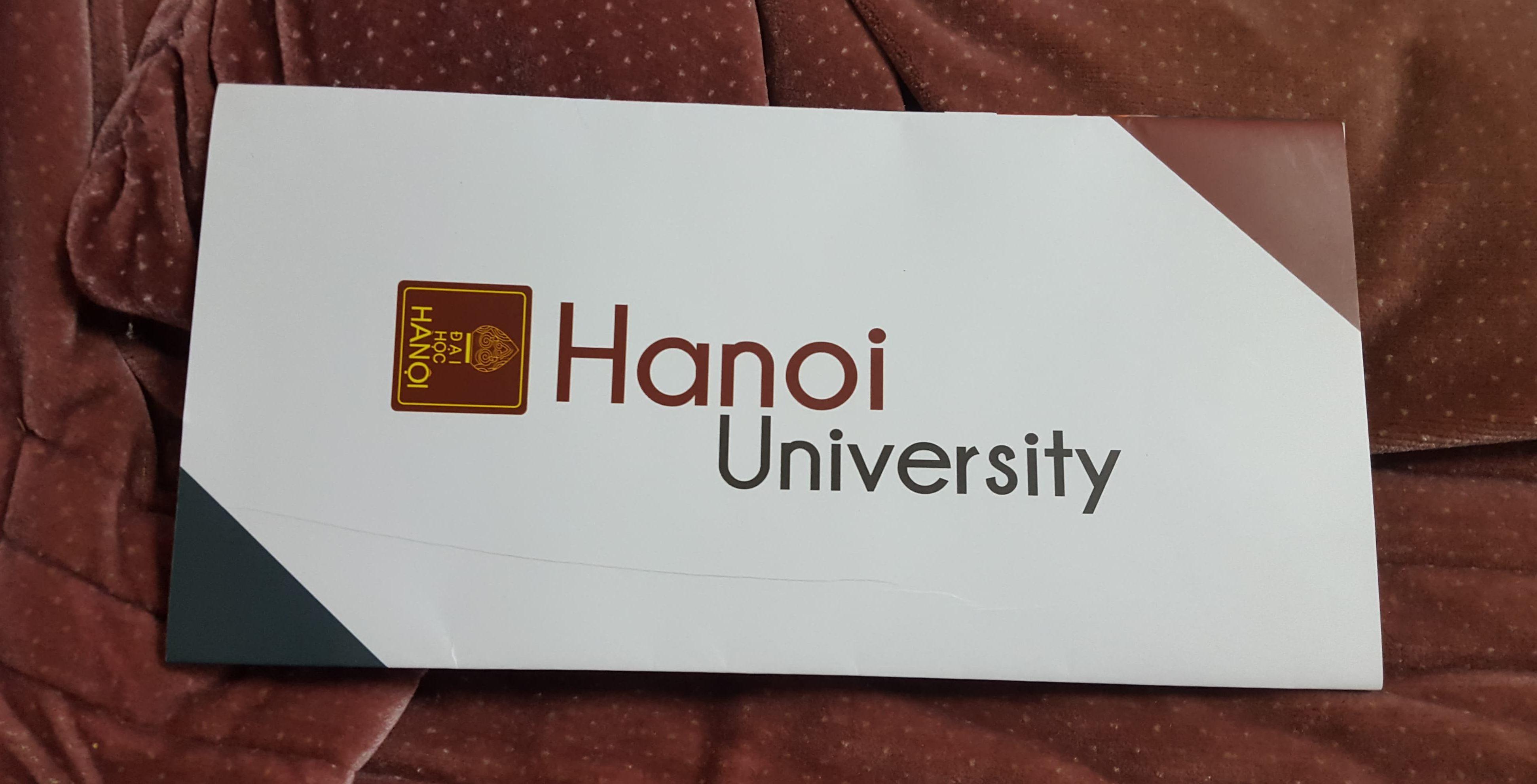ハノイ大学に2年目の学費を支払ったので、1年目と費用を比較してみる