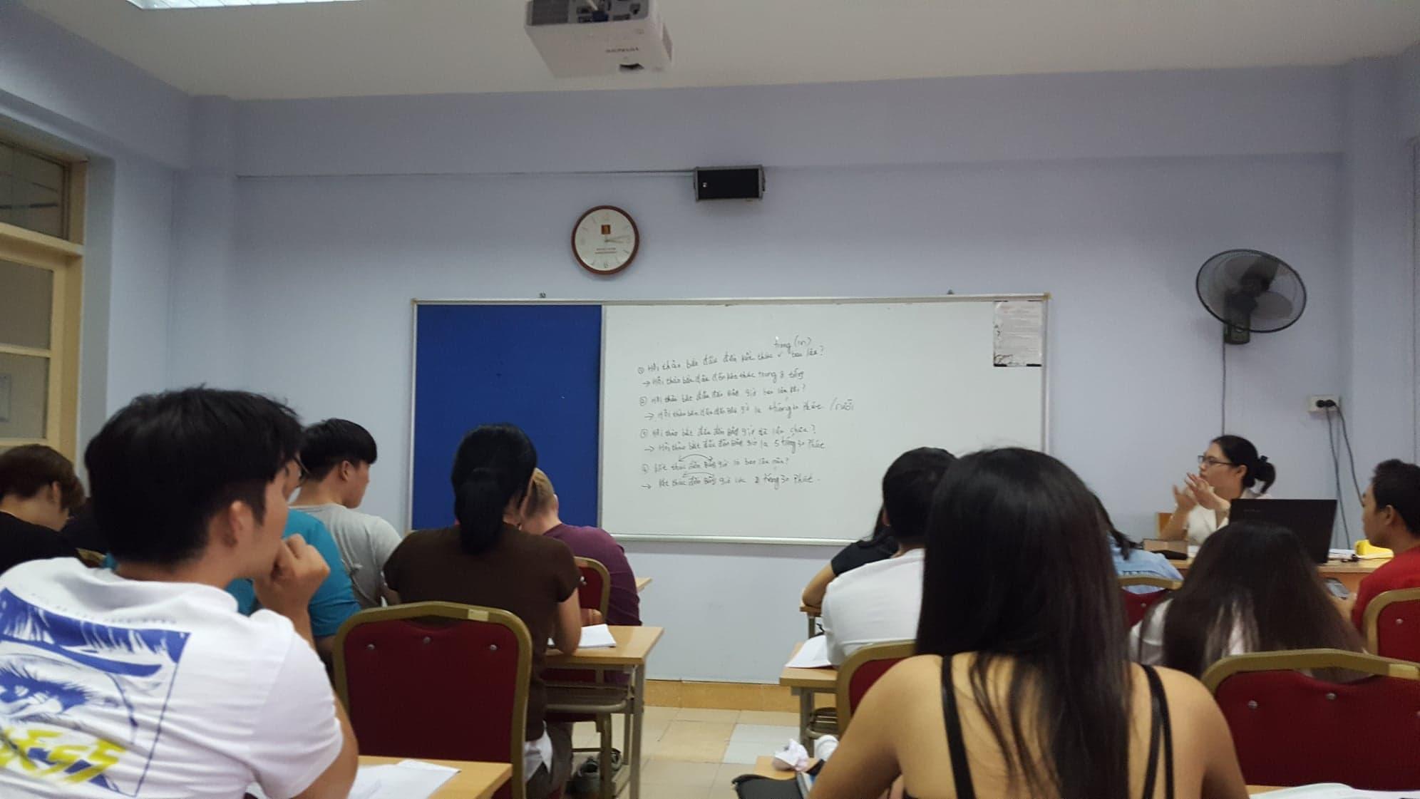 【報告】僕はハノイ大学の2年生になったけどベトナム語は上達したの?